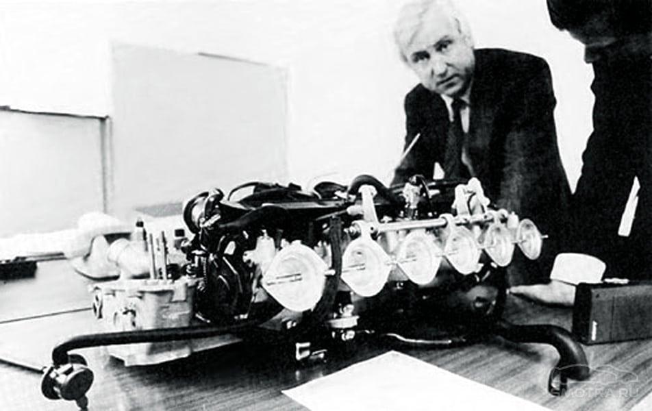 Георг Тилль, главный моторист Motorsport GmbH на протяжении 8 лет, создатель 2-вальной ГБЦ.