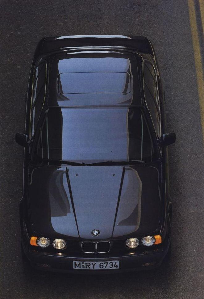 BMW e34 535i вид сверху