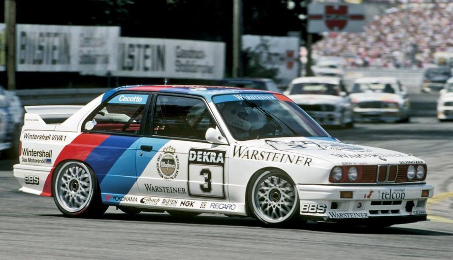 После успешного сезона в DTM в 1989-м BMW не смогла отстоять титул годом позже. Джонни Чекотто (Johnny Cecotto) оказался, по итогам чемпионата, вторым, уступив Хансу-Йоахиму Штуку (Hans-Joachim Stuck) на Audi V8 12 очков.