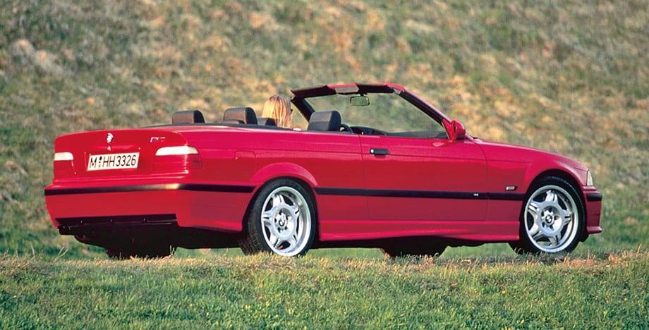 Окончательно модельный ряд M3 E36 сформировался в 1994 году, когда к купе и седану добавился кабриолет.