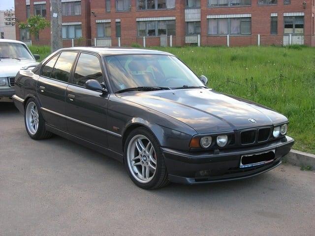 Шестой автомобиль под номером GD64351 Fjordgrau met. 1994-05-03 Автомобиль около пяти лет назад был куплен в Питере и перевезен в Москву.
