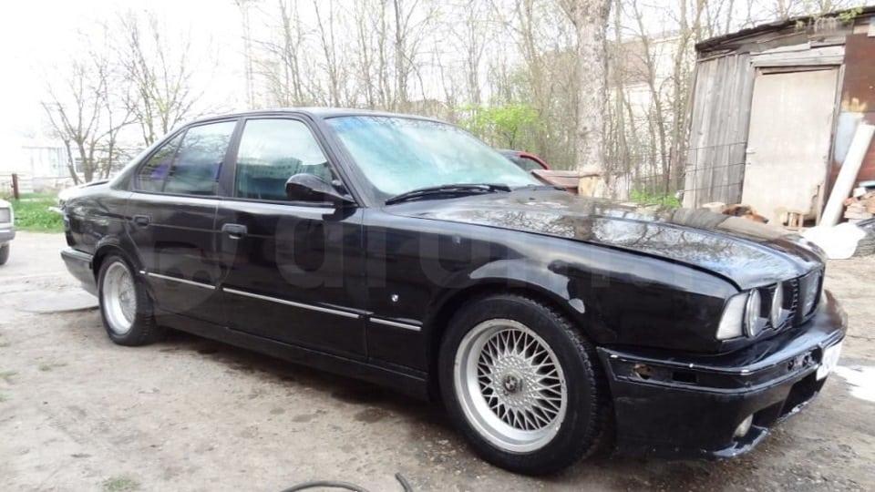 Недавно один автомобиль появился в Ставрополе в продаже за 220 тысяч рублей. По вину 12 месяц 94 года. В очень плохом состоянии, это видно даже по фото.