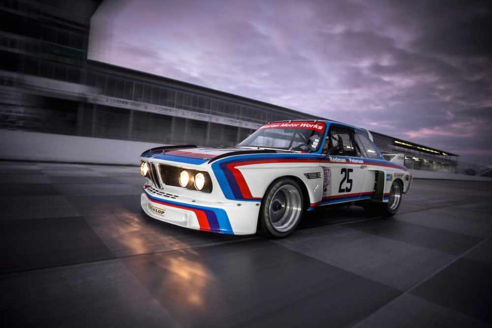 BMWПервая победа BMW 3.0 CSL в США состоялась в 1975 году в гонке на выносливость 12 Hours of Sebring. Фото с празднования 40-летия этой победы на Amelia Island Concours d'Elegance в 2015 году. 3.0 CSL