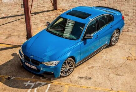 Limited Edition BMW 3 Series Sedan M Performance Edition в цвете Laguna Seca Blue