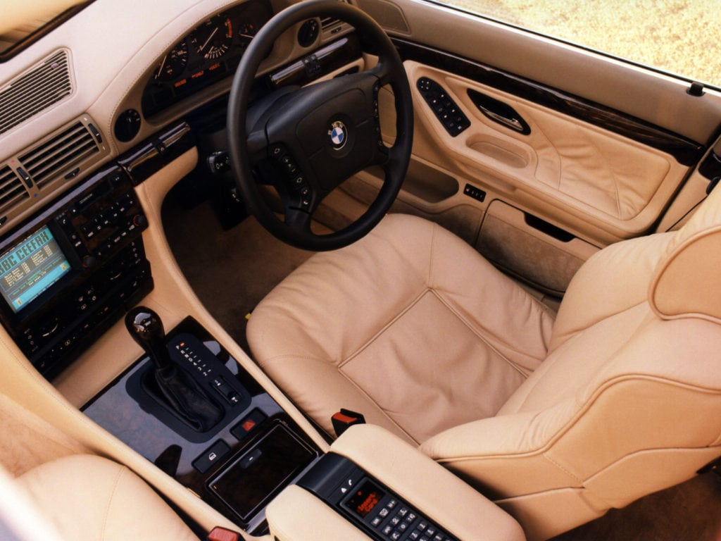 Интерьер BMW 7 серии E38