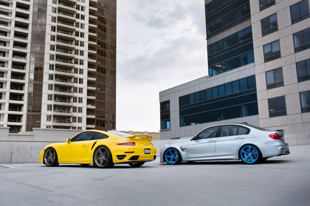 Фотосет обои BMW M3 и Porsche 911 Turbo S