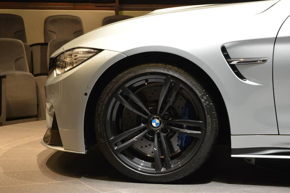 Кастомный BMW M4 Coupe с антикрылом AC Schnitzer