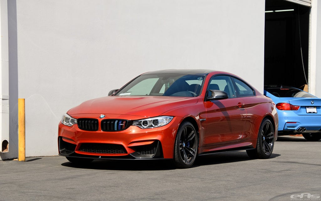 BMW F82 M4 M Performance Aero Package в цвете Sakhir Orange