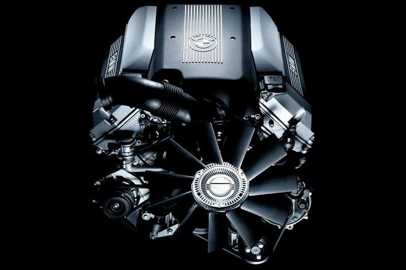 Двигатель BMW X5 E53 M62TUB44 Vanos