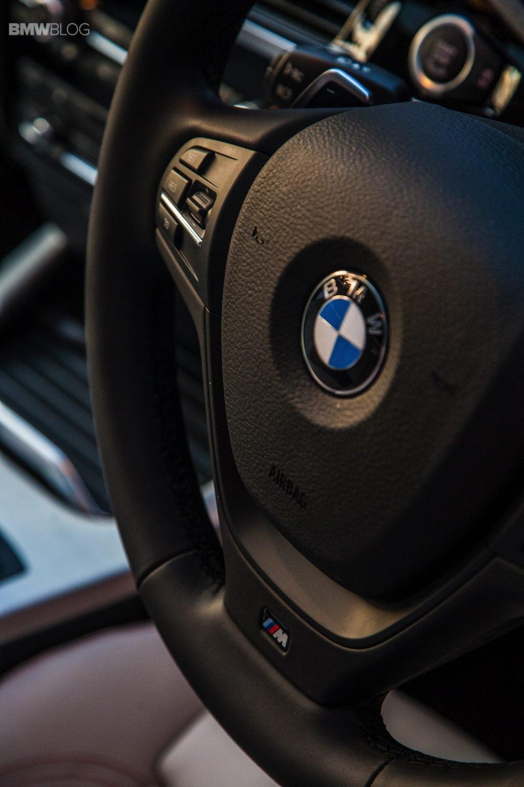BMW X4 xdrive35i M-sport в цвете Melbourne Red