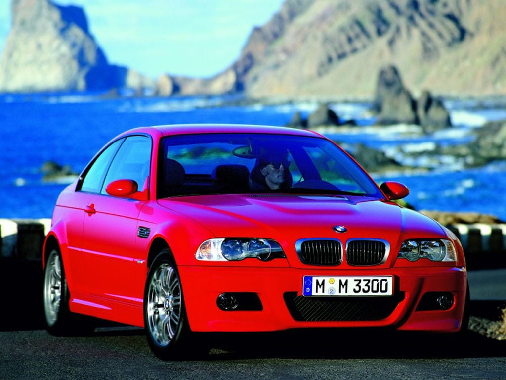 BMW M3 Coupe в цвете Imola Red