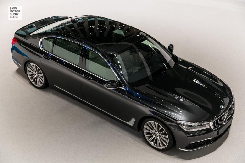 Первые фото стенда BMW на автосалоне IAA 2015 во Франкфурте