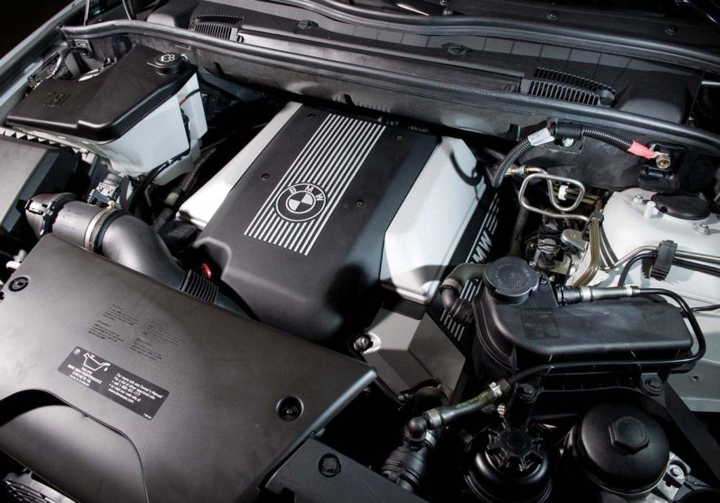 Двигатель M62B46, который ставился на BMW X5 E53 4.6is