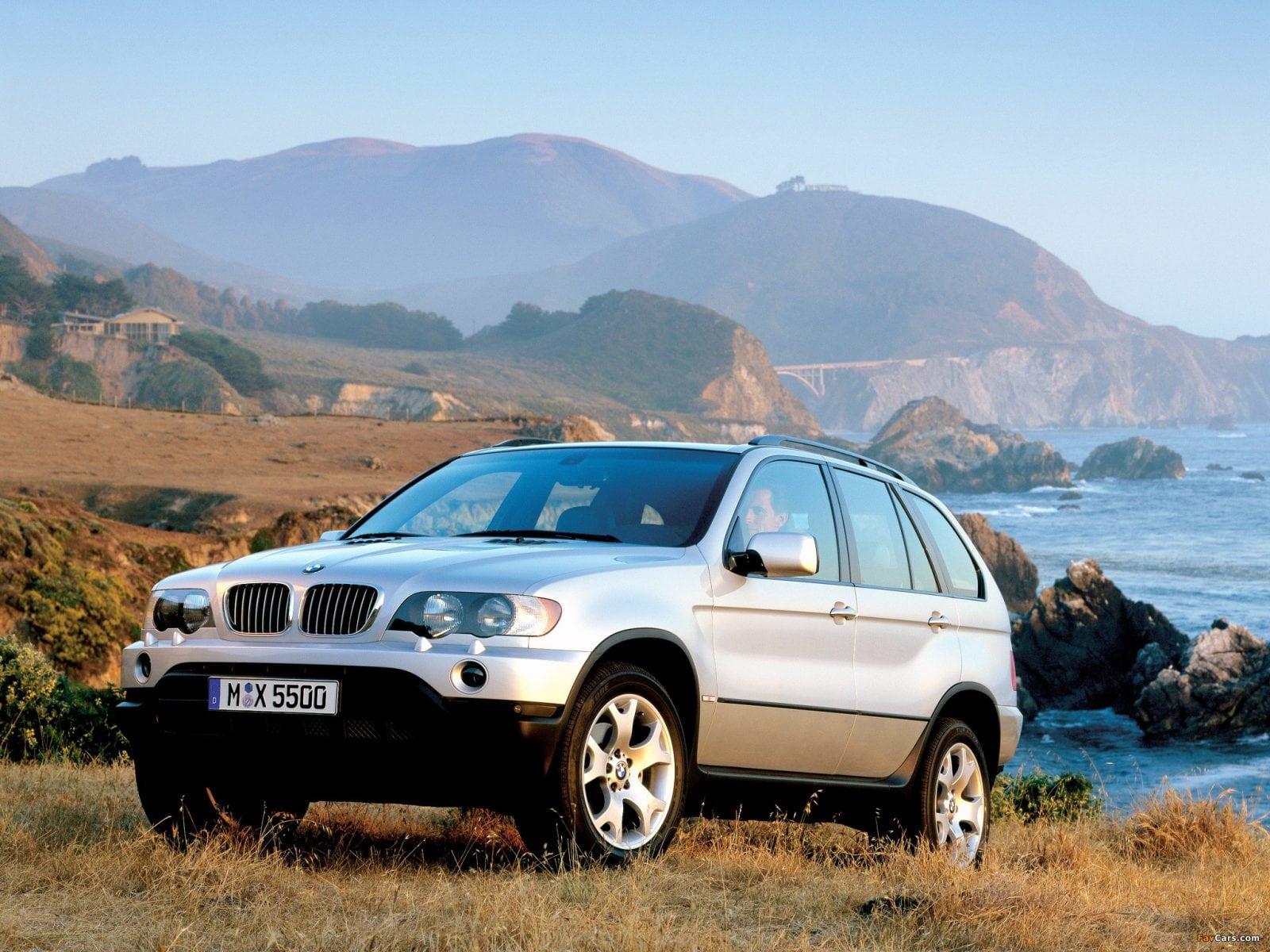 BMW X5 E53 4.4 2000 год