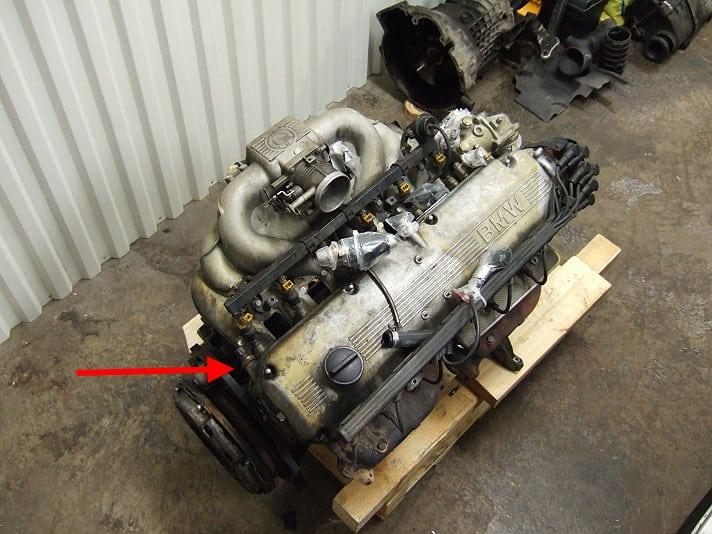 Ищем и устраняем источники течи масла на двигателях BMW E34