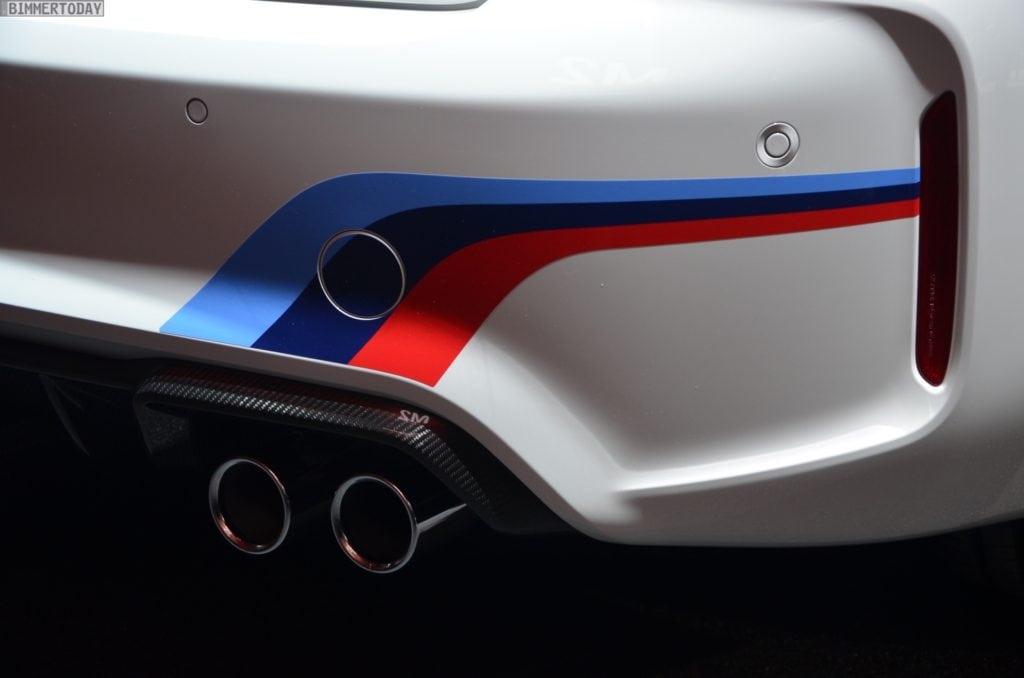 BMW-M2-Coupe-F22-M-Performance-Zubehoer-Autosalon-Genf-2016-LIVE-10