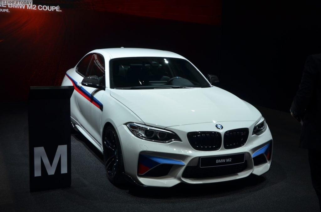 BMW-M2-Coupe-F22-M-Performance-Zubehoer-Autosalon-Genf-2016-LIVE-15