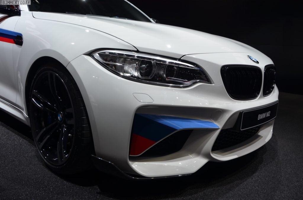 BMW-M2-Coupe-F22-M-Performance-Zubehoer-Autosalon-Genf-2016-LIVE-17