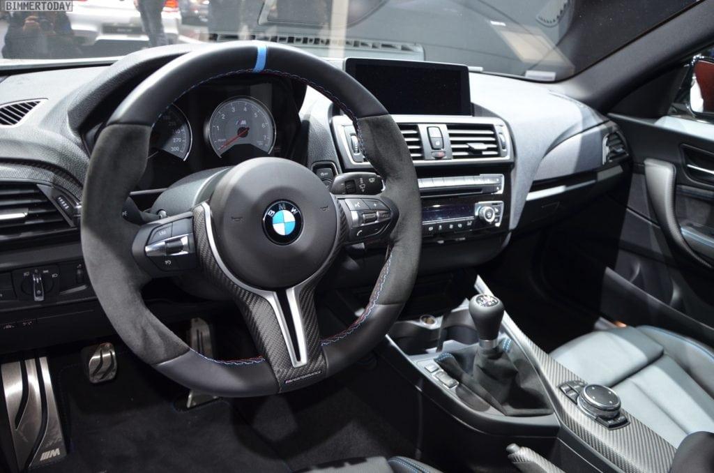 BMW-M2-Coupe-F22-M-Performance-Zubehoer-Autosalon-Genf-2016-LIVE-31