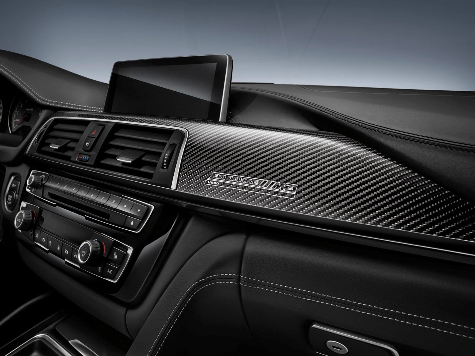"""Специальное издание BMW M3 """"30 Years M3"""" к юбилею модели. Планируется выпуск не более 500 машин специальной версии. Все они мощнее обычных М3 на 19 л.с"""
