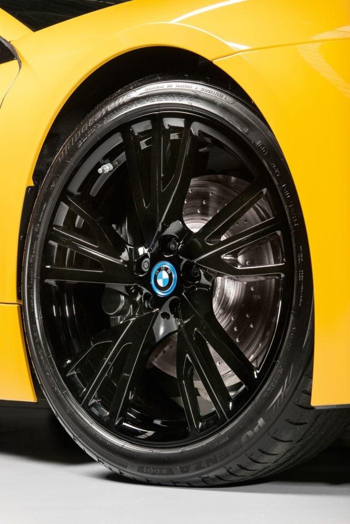 Новые цвета BMW i8 по программе Individual Exterior Paint Program