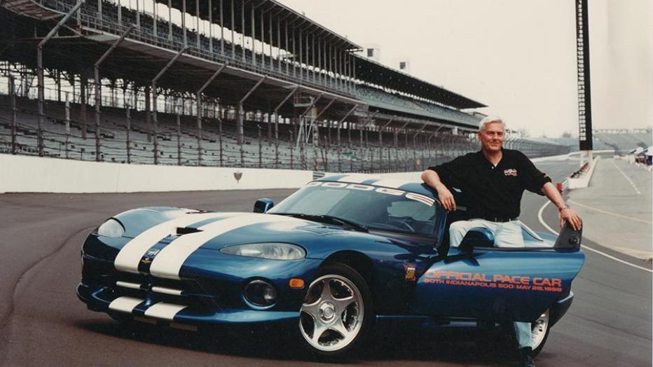Боб Лутц – очень известная фигура в мировом автомобилестроении, и некоторое время он занимал один из ключевых постов в BMW, являясь членом совета директоров этой компании.