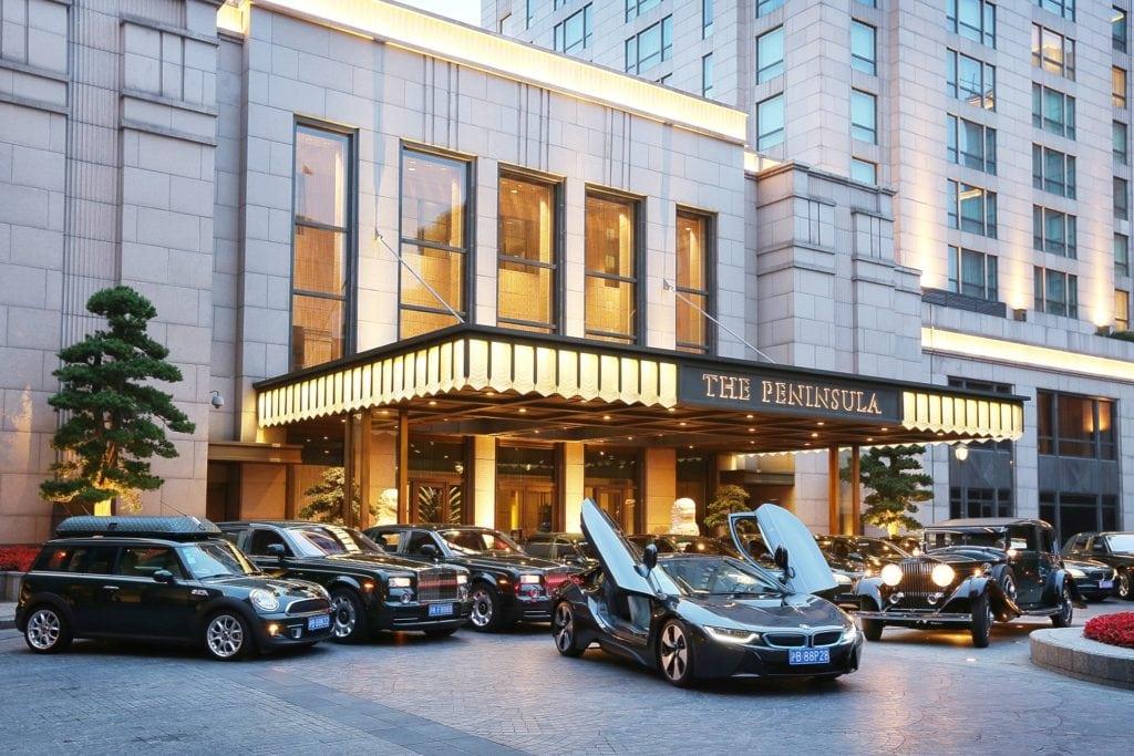 В июне этого года клиентам по всему миру переданы рекордные 189 097 автомобилей BMW (прирост на 9,7%). Общее количество реализованной с начала года техники достигло отметки в 986 557 единиц, что на 5,8% больше, чем в первом полугодии 2015.