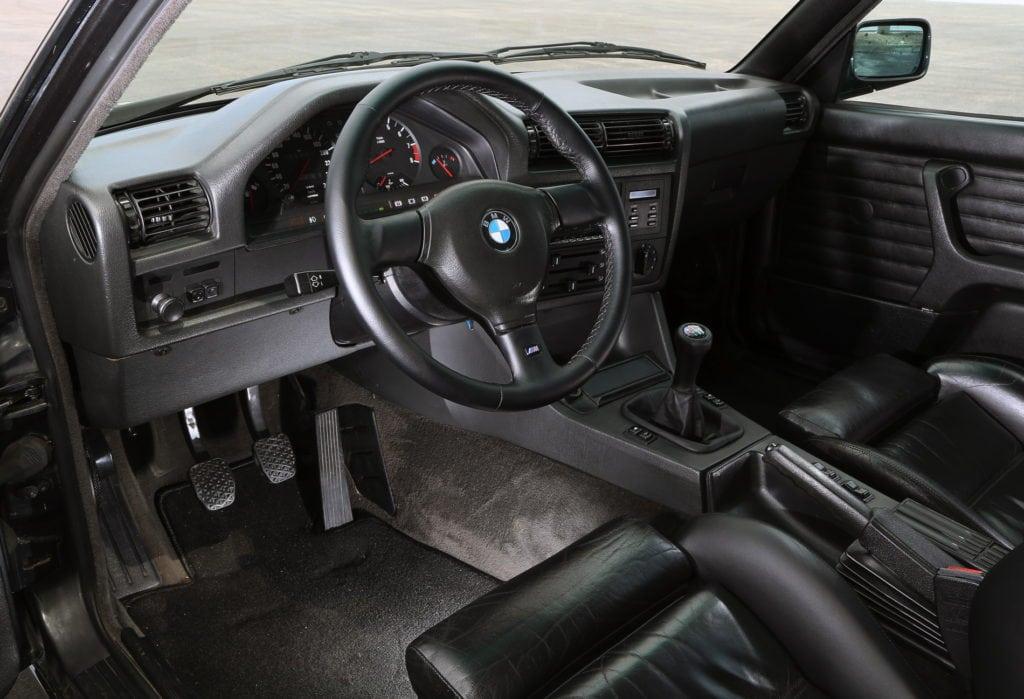 BMW-M3-E30-photos-10