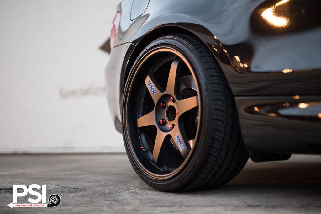 Простой и элегантный, пожалуй, это идеальное описание для данного проекта на основе BMW 1 серии E82 в цвете Jet Black.
