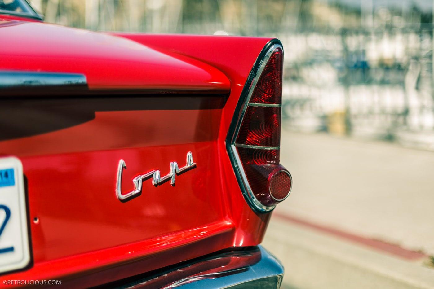 BMW 700. Это компактная заднемоторная машина, выпускавшаяся с августа 1959 по сентябрь 1965 года, считается спасшей концерн от банкротства.