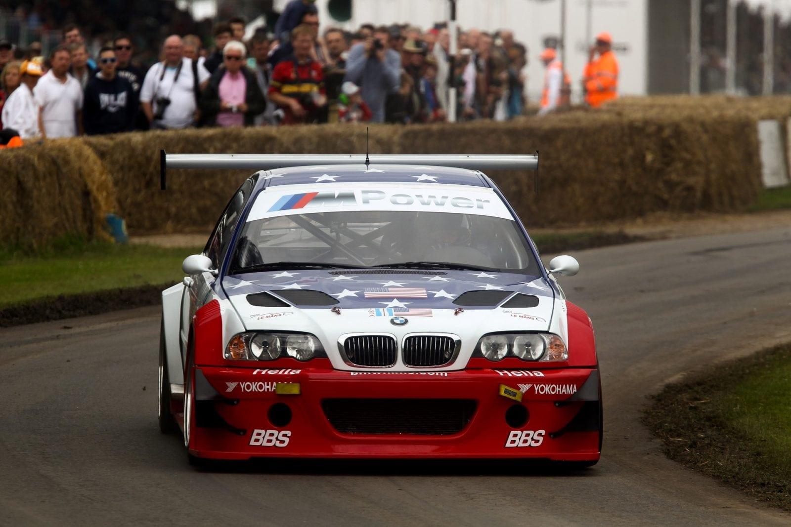 Goodwood Festival of Speed 2016: в Гудвуде можно увидеть цвет мирового автомобилестроения, причем классические BMW (и не только) участвуют в заездах бок о бок с новейшими моделями.