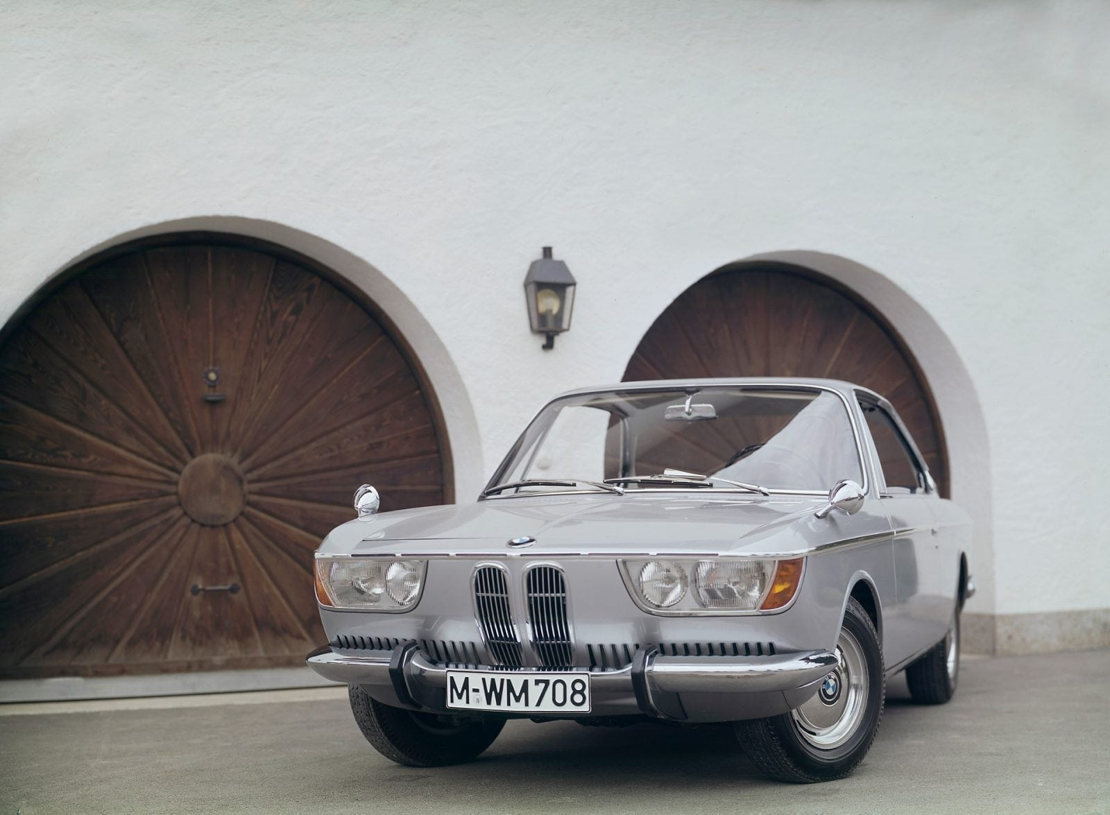 50 Years of BMW New Class, BMW 2000 C/CS (03/2011)