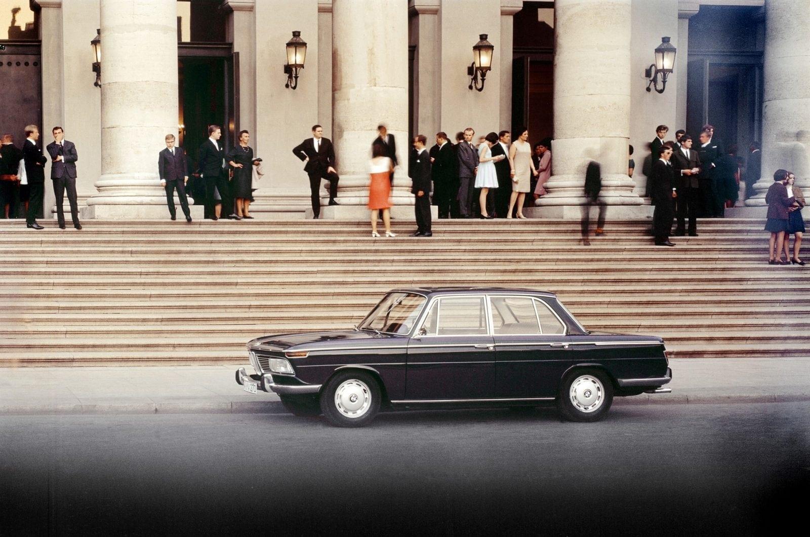 50 Years of BMW New Class, BMW 2000 (03/2011)