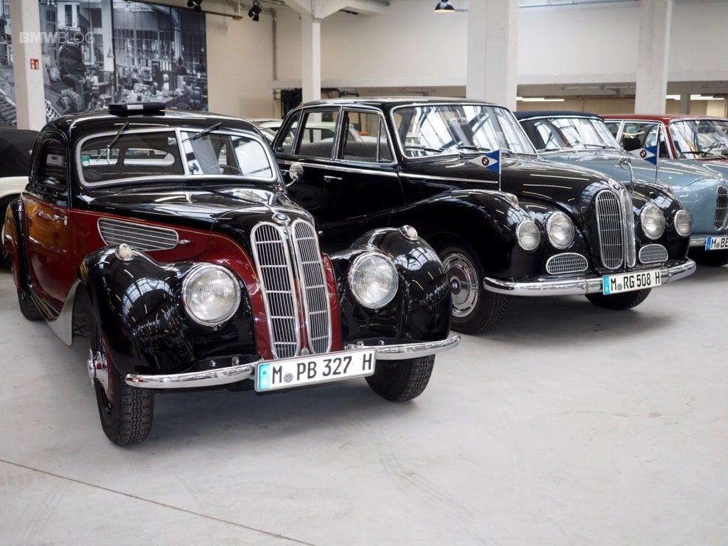 Корреспонденты BMWBlog побывали в Мюнхене, чтобы исследовать новую штаб-квартиру BMW Classics, которая открылась в марте прошлого года.
