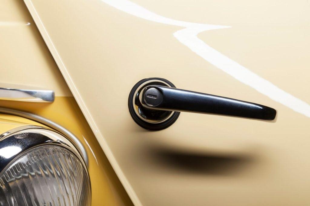 История BMW в фотографиях Оливера Солда. 1952–1959: 501; 507; Isetta; 600; 700