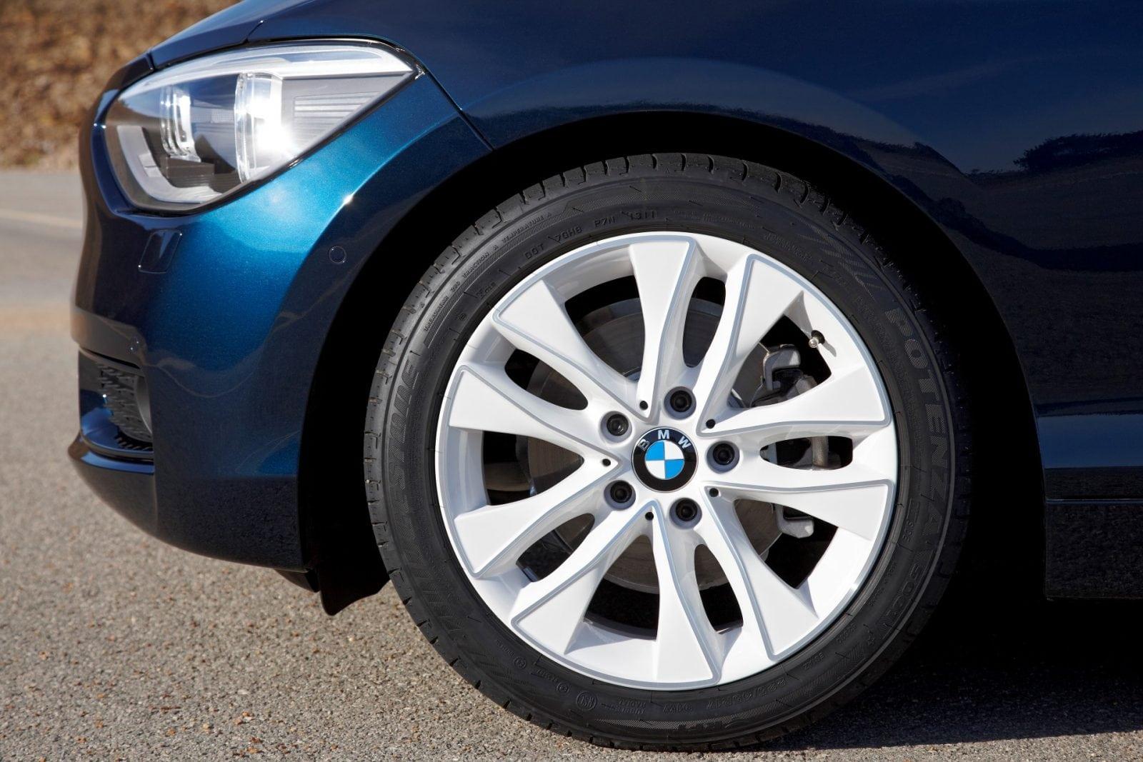 BMW 1 Series F20 Urban Line 2011 Exterior