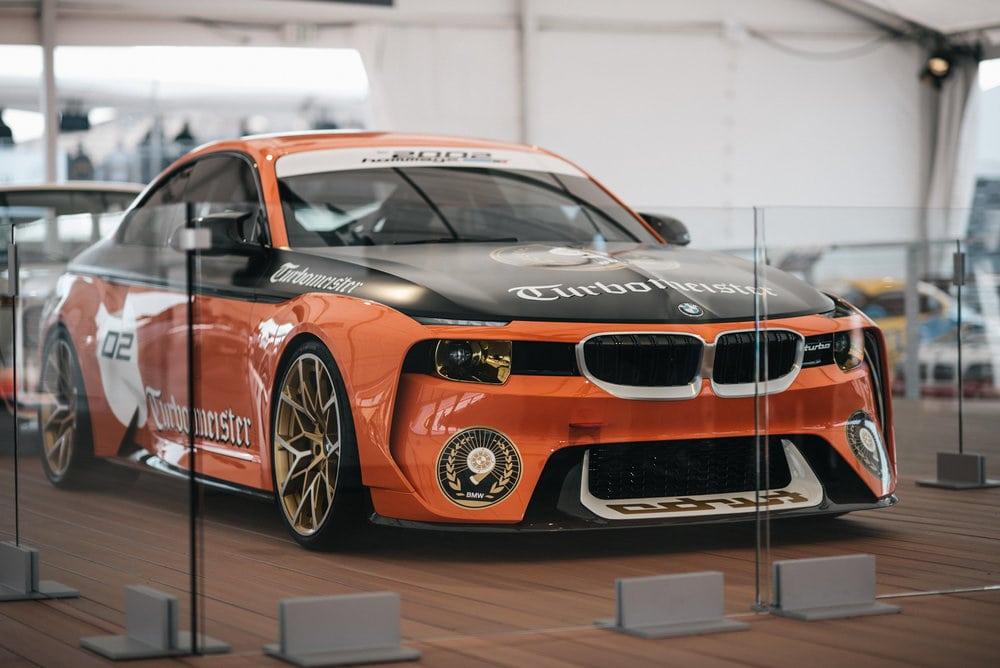 Столетие BMW на треке Laguna Seca со всех ракурсов: BMW 2002 Hommage Turbomeister Concept