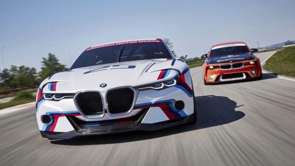 Концепты BMW 2002 и BMW 3.0 CSL Hommage R на гоночном треке Мирамас