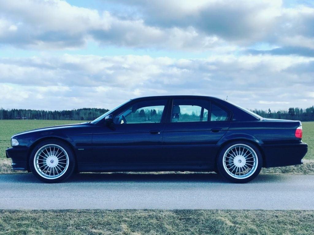 Прекрасная и редкая Alpina B12 5.7 1998 года выставлена на продажу в Швеции