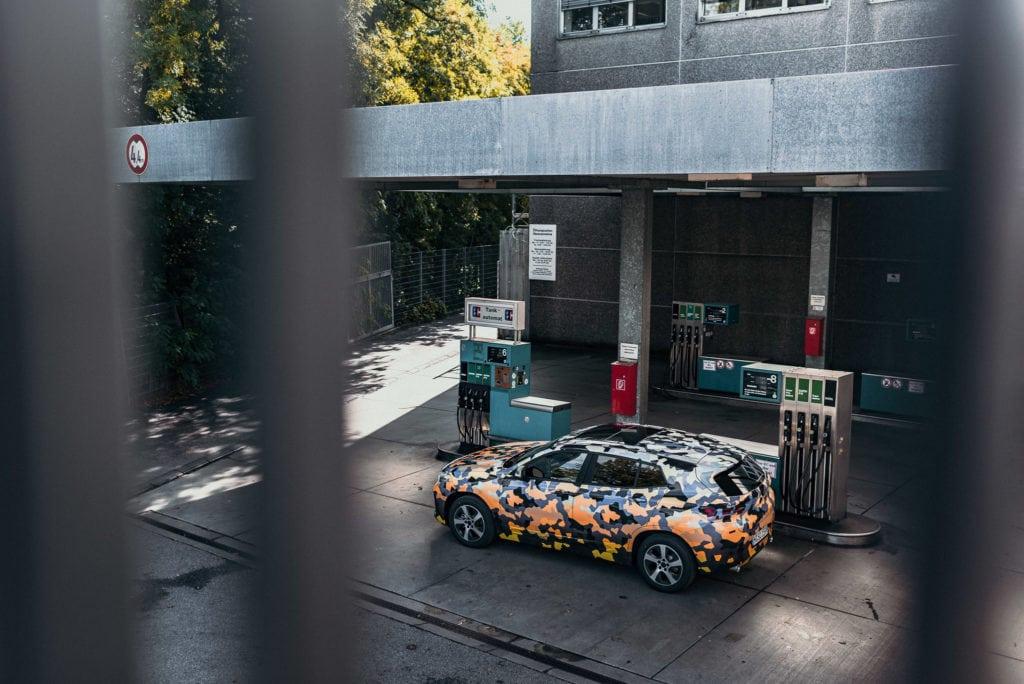 Путешествие в городские джунгли: официальные фото нового BMW X2 2017-2018