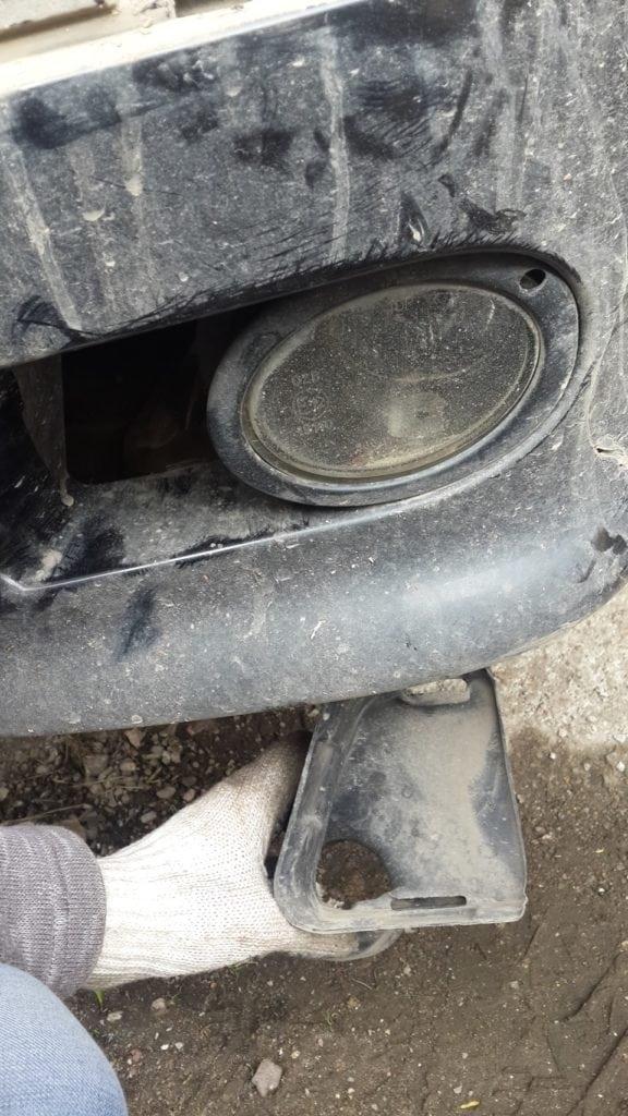 Разбираемся как снять и установить бампер на BMW 5 серии E39