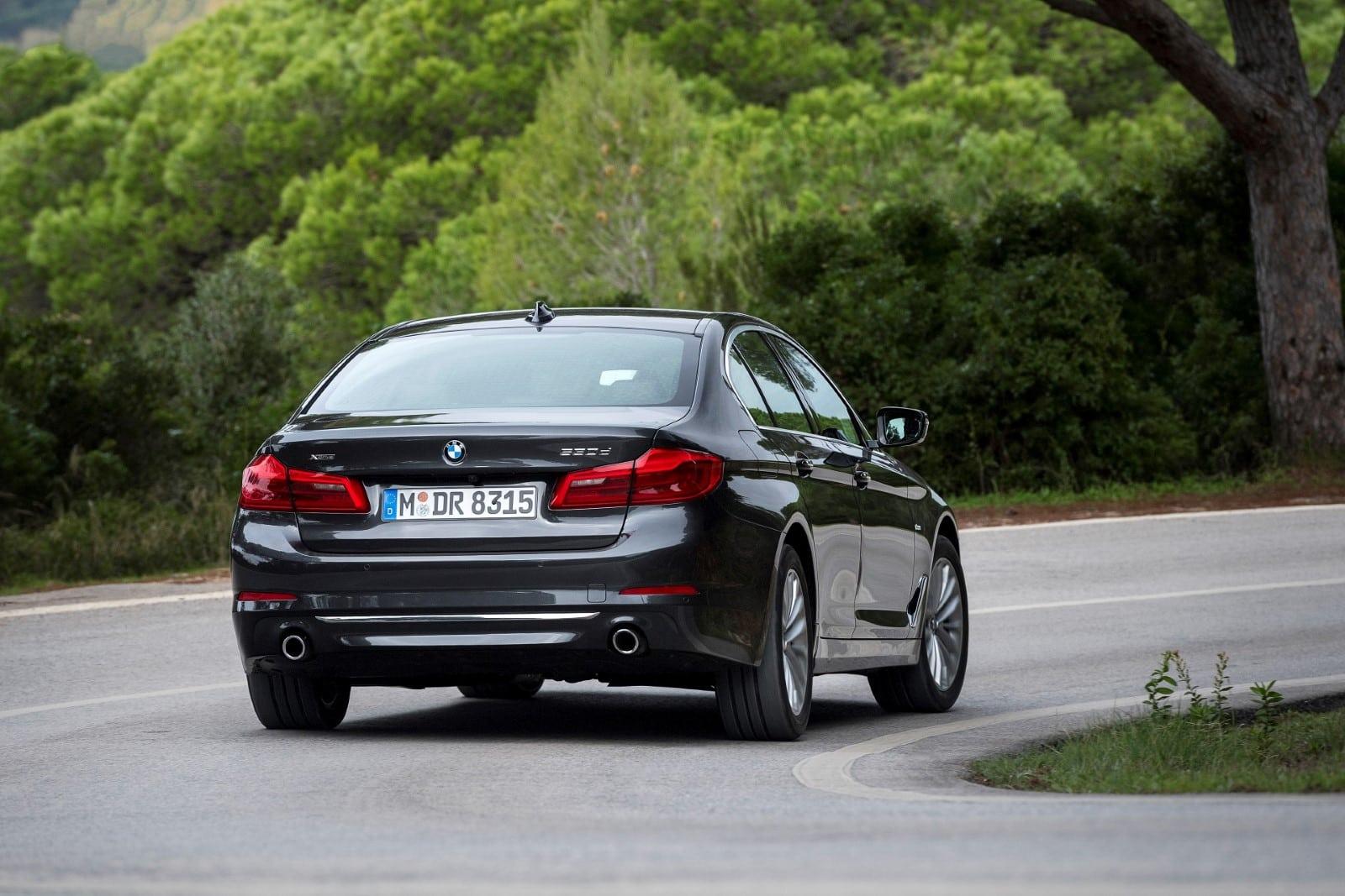 BMW 5 Series G30 2017 530d xDrive Sedan Luxury Line