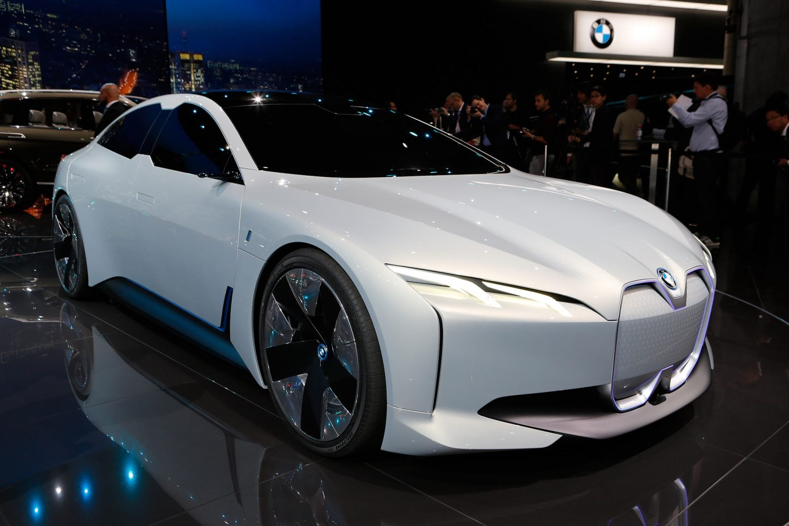 BMW i Vision Dynamics IAA 2017 by Guido ten Brink