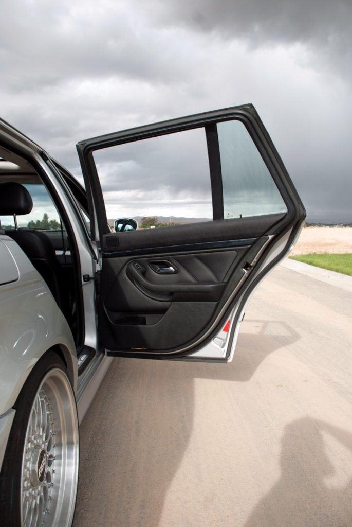 BMW E39 Touring на механике с мотором от Pontiac GTO