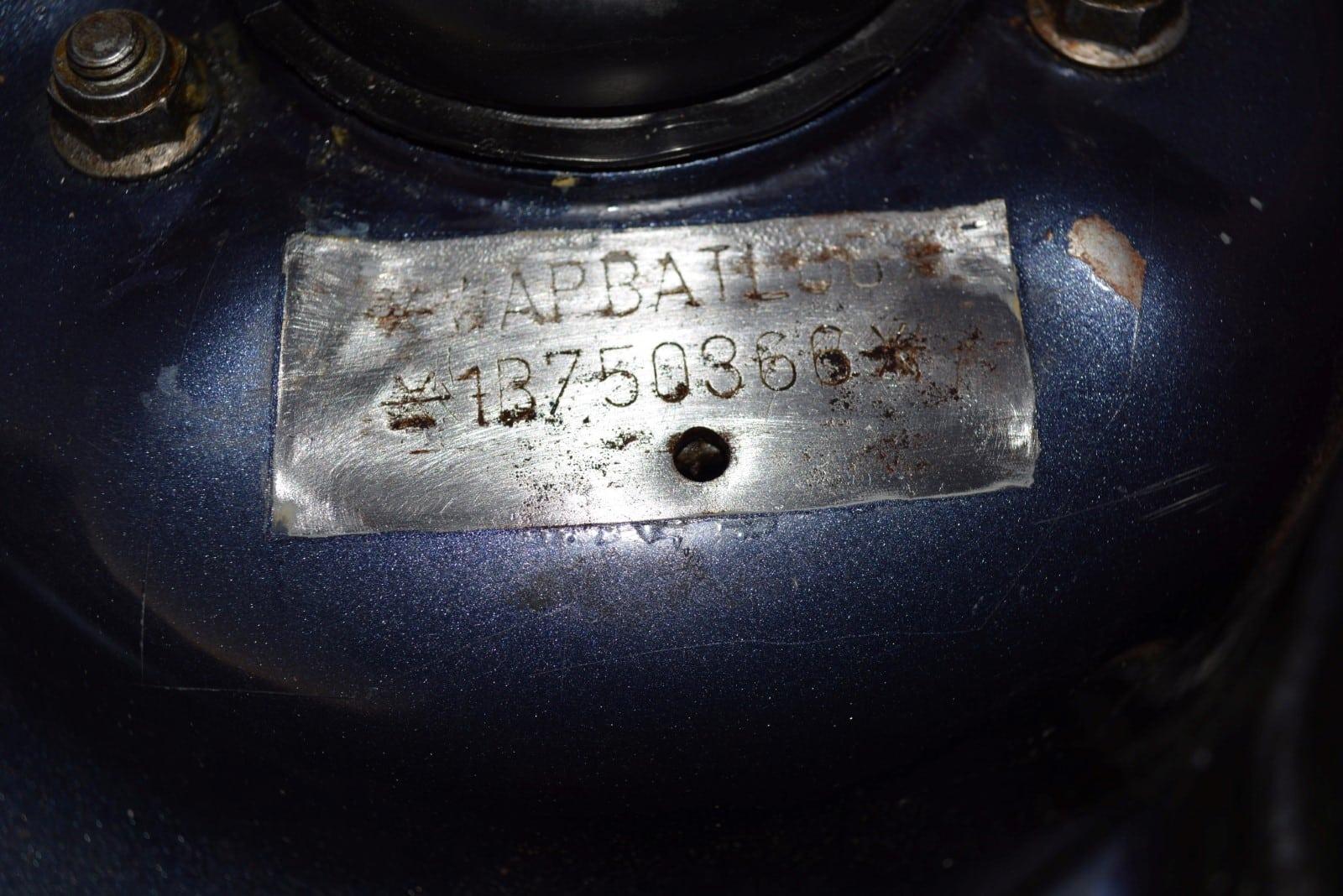 В продаже: Легендарная Alpina B10 Biturbo на аукционе Bring-a-Trailer