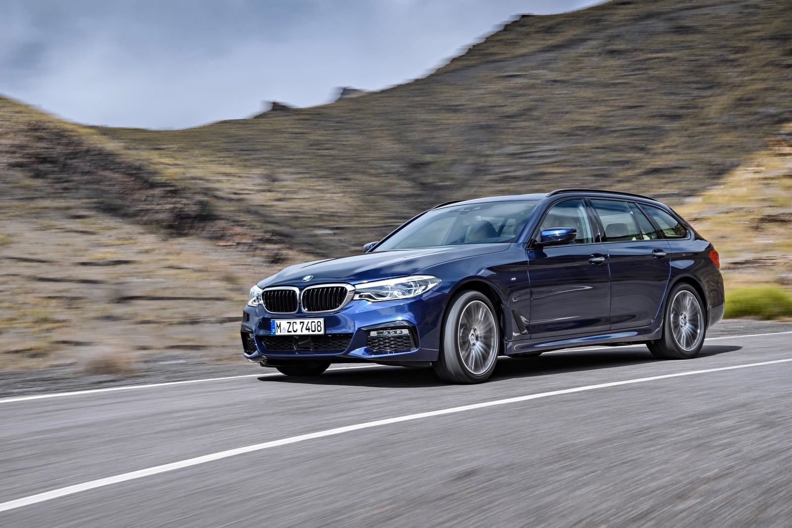 BMW 5 Series 530d xDrive G30 Touring Exterior