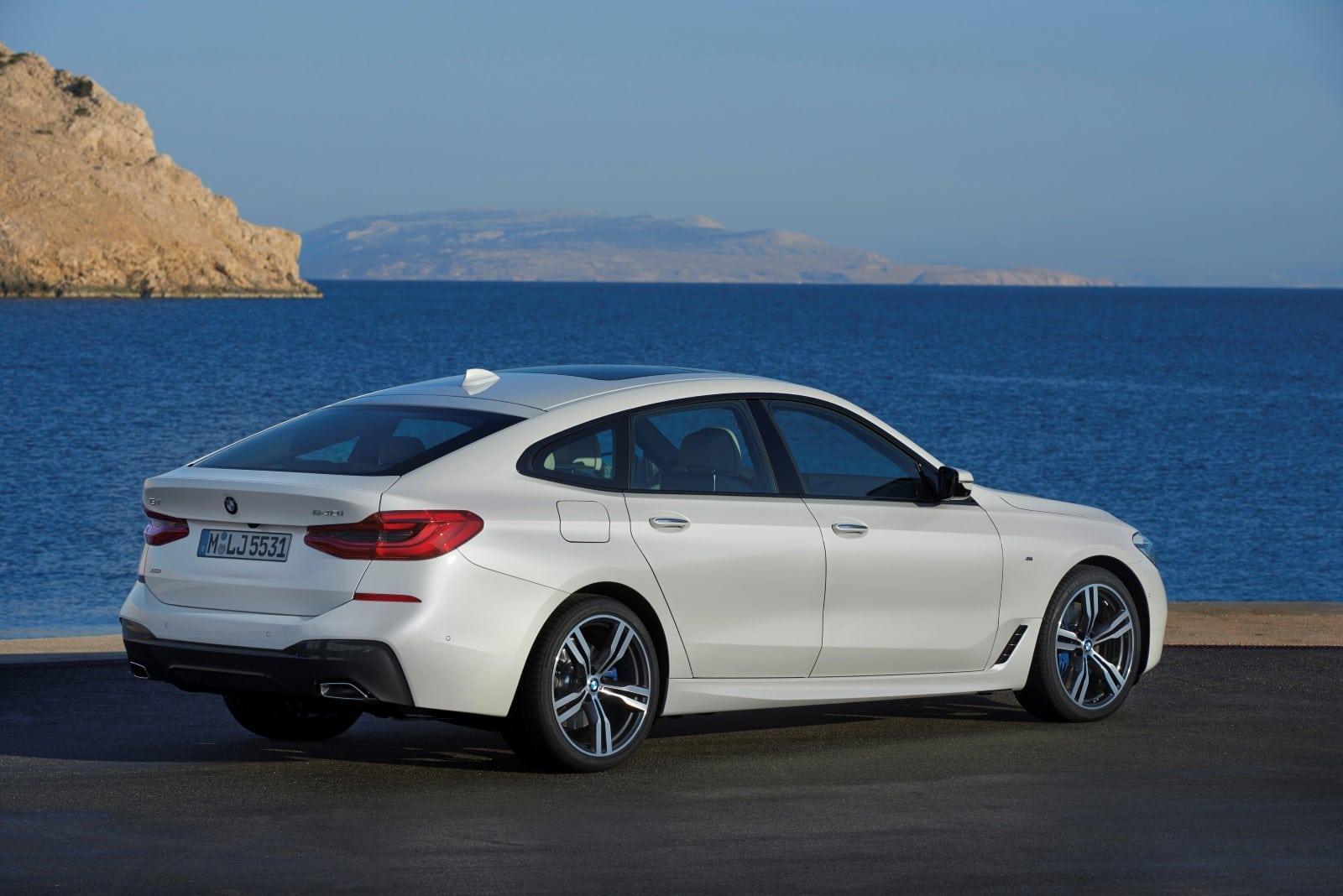 BMW 6 Series GT 640i xDrive Mineral White metallic M Sport Exterior